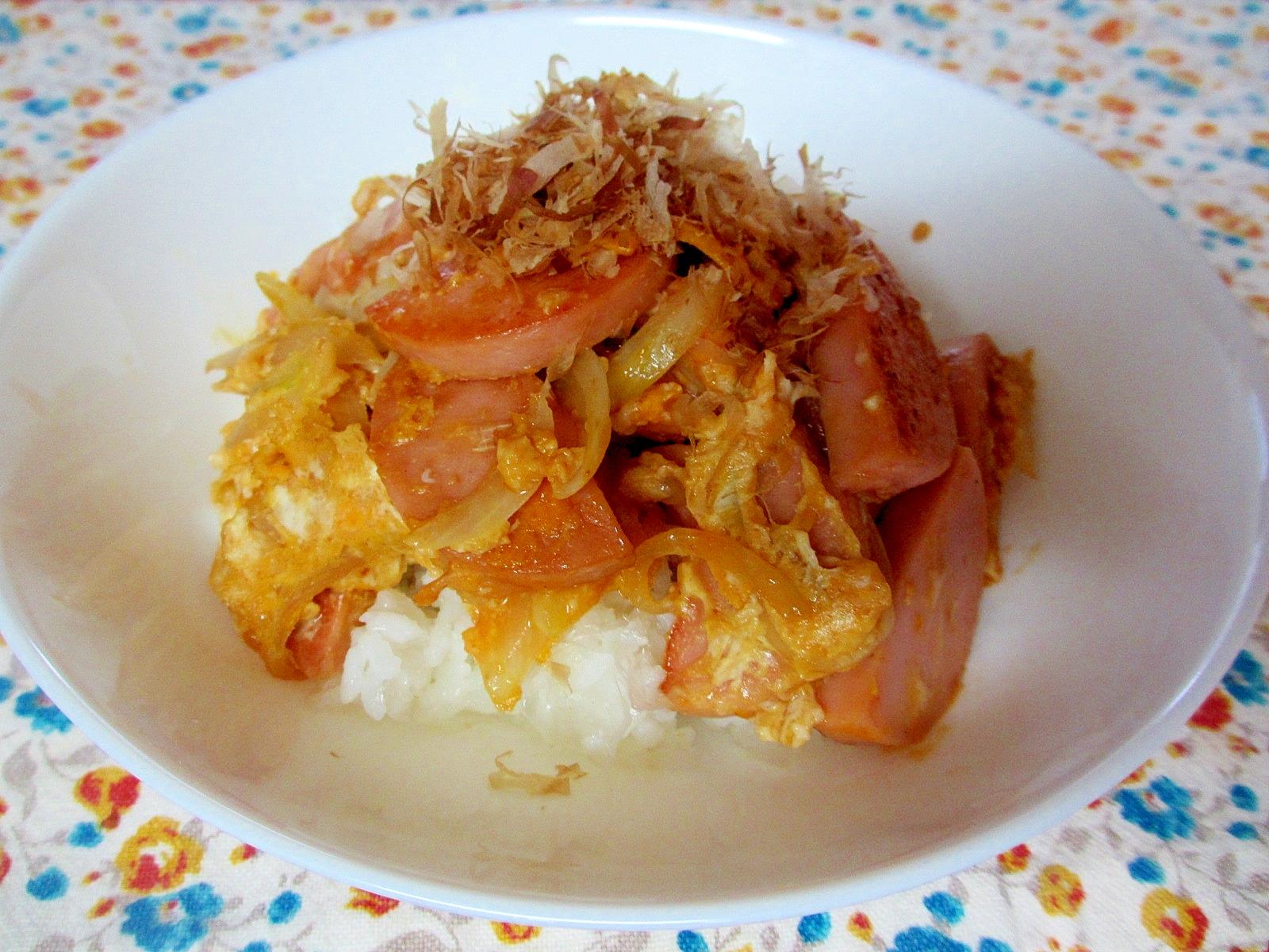 ギョニソと卵のめんつゆマヨ炒め丼