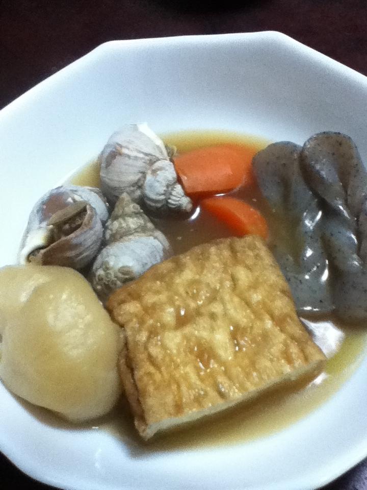 つぶ貝と厚揚げとカブの煮物