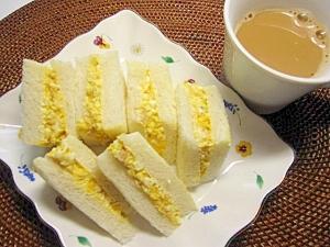 卵とツナのサンドイッチ♪
