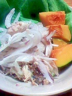 サバと玉ねぎのサラダ