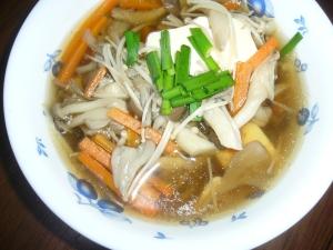 きのこたっぷり中華風スープ