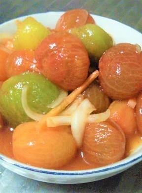 2. 甘酸っぱさがマッチ!ミニトマトのキムチ