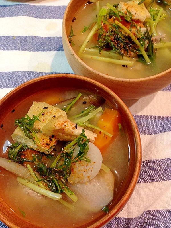 水菜と里芋入り豚汁