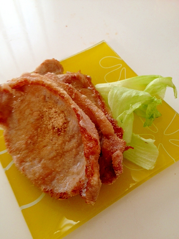 唐揚げ粉で豚ロースの揚げ焼き