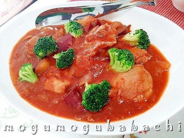 6. 鶏肉とさつま芋の赤ワイン煮込み