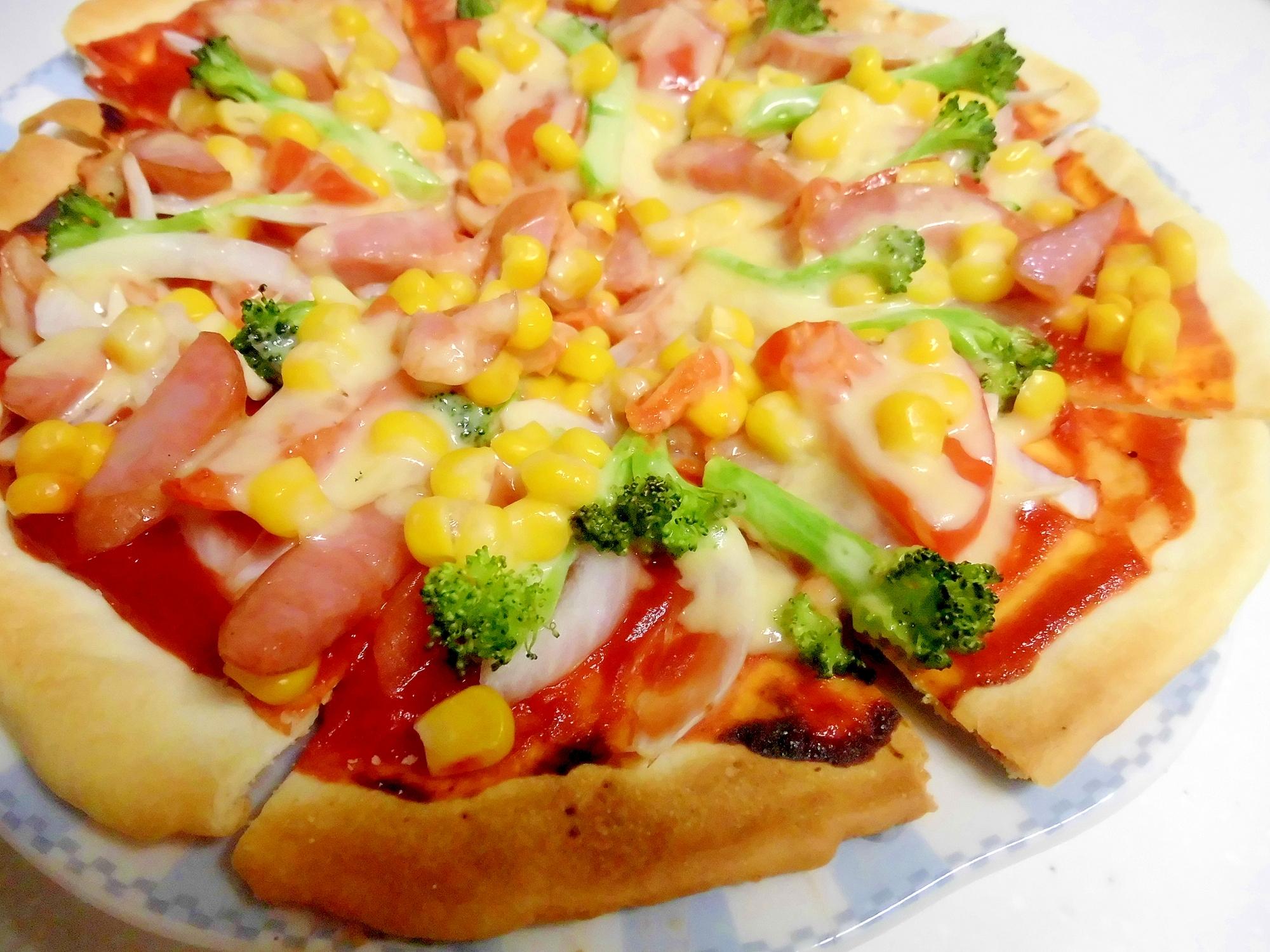 ピリ辛だけど美味しい♪コーンたっぷりピザ