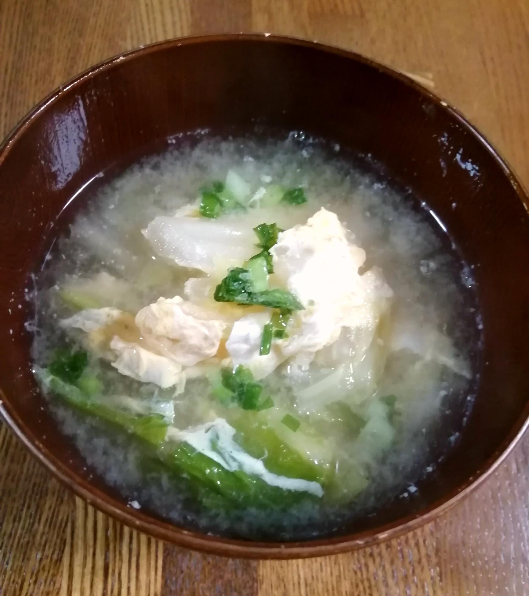 優しい味♡玉子と白菜の味噌汁