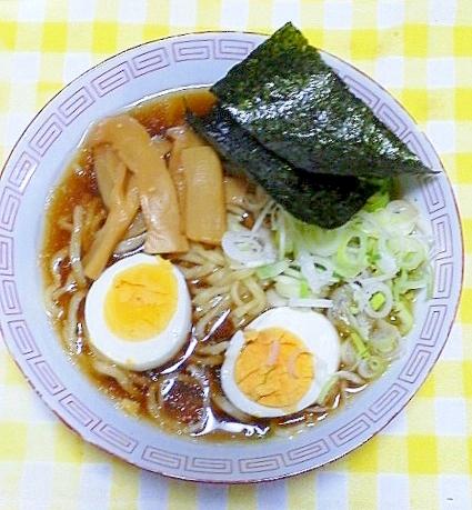 横浜の製麺所のラーメン