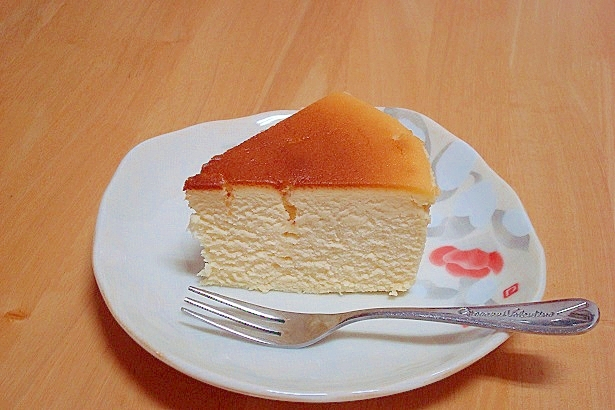 卵2個でもしっかり膨らむスフレチーズケーキ