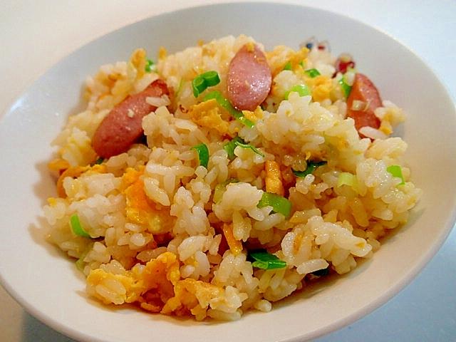 創味で ウインナーと卵と葱のチャーハン レシピ・作り方 by ぷ〜みぃまま♪|楽天レシピ