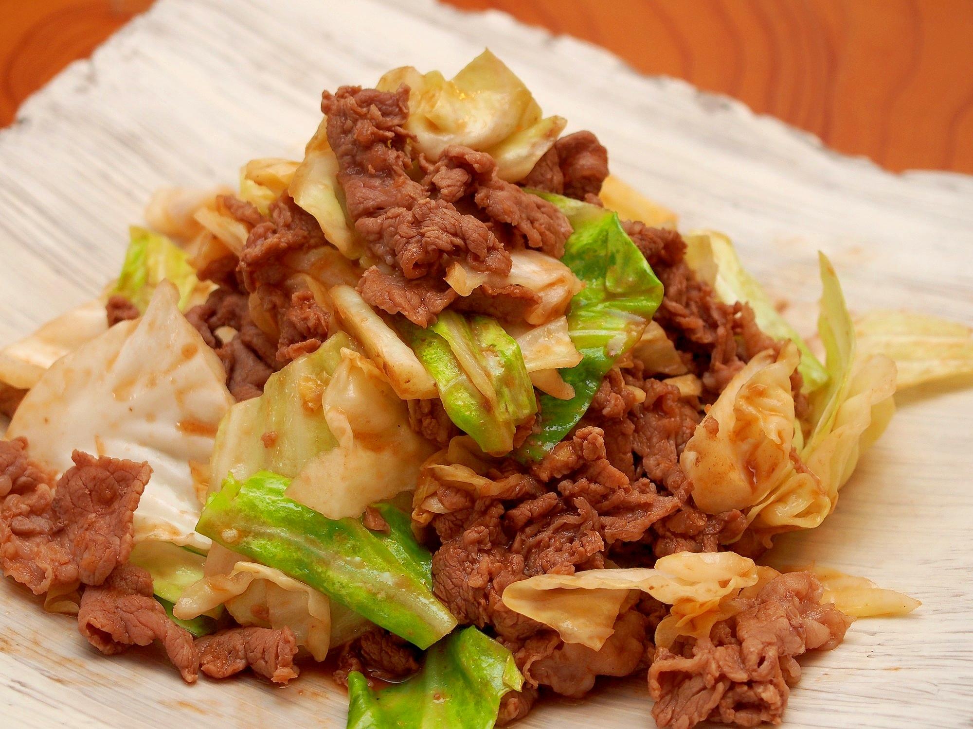 牛こま切れ肉とキャベツの炒め物 レシピ・作り方 by 鶏のから揚げ|楽天レシピ