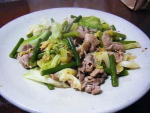 豚肉とにんにくの芽の山椒炒め