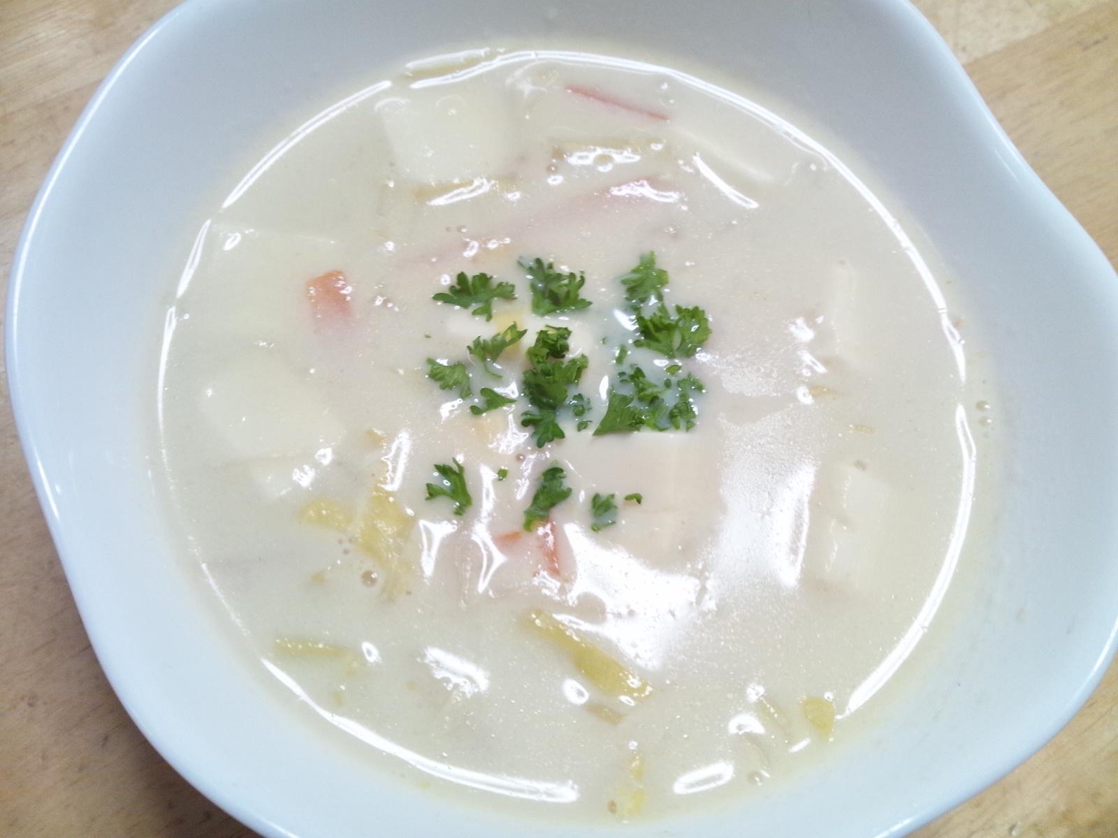 豆乳と玉ねぎ氷の美肌コンソメスープ♪
