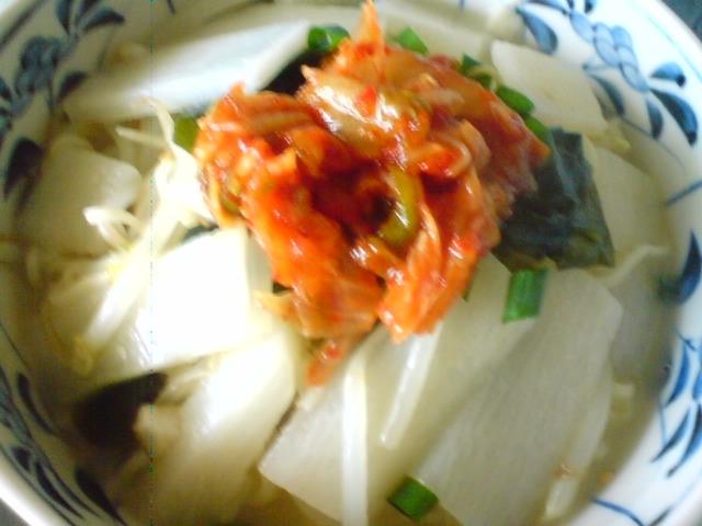 ピリ辛キムチ山芋ラーメン