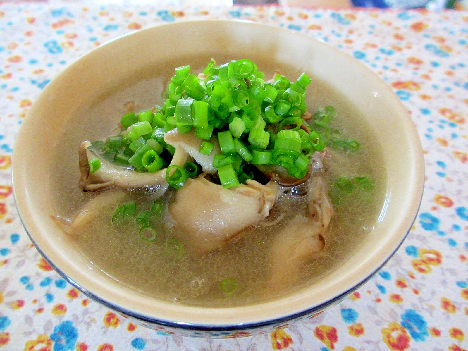 牛肉と舞茸の生姜スープ