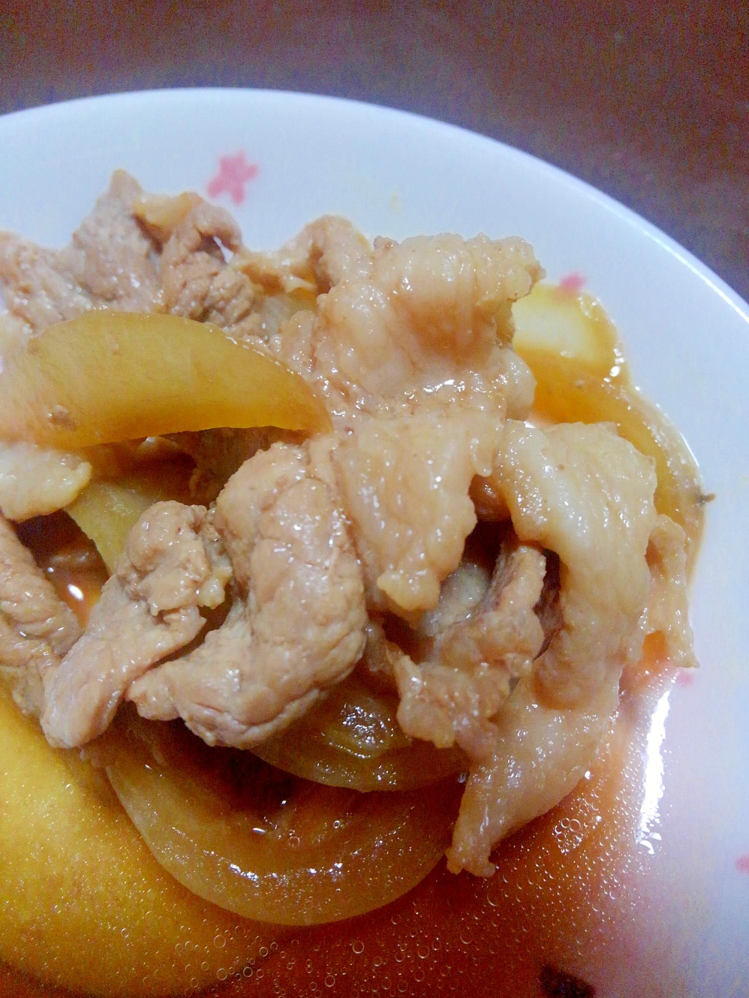 3.豚コマ肉のバター醤油炒め