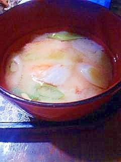 蟹かまのお味噌汁