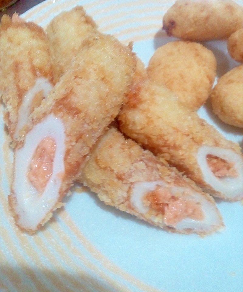 簡単☆ちくわの鮭フレーク詰めフライ