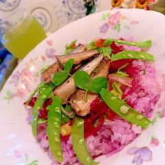 燻製オイルサーディンと彩り野菜のサラダごはん