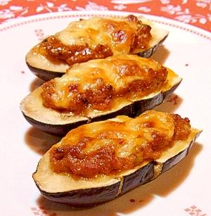 チーズがトローリ♪茄子の辛味噌オーブン焼き