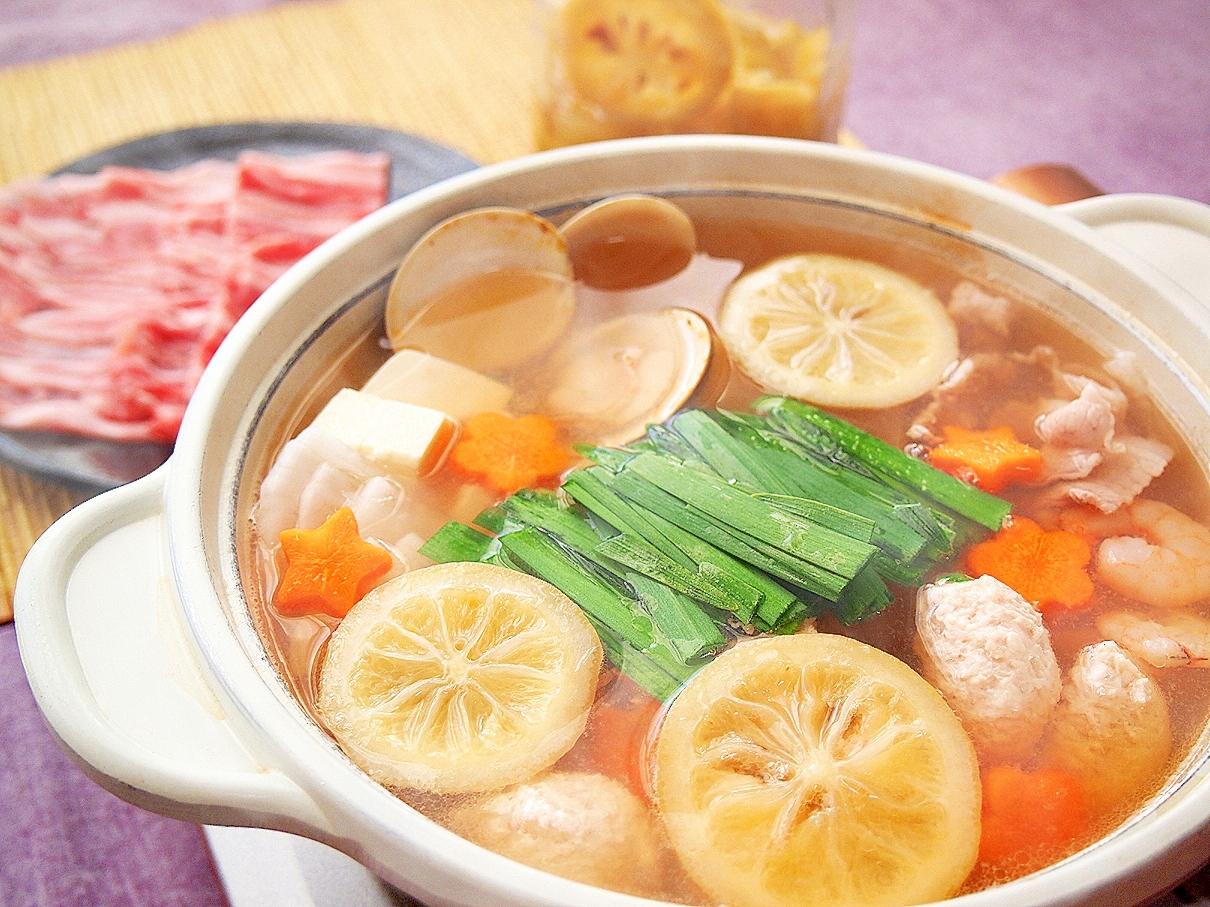 3. 塩レモン鶏団子鍋