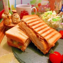 栃尾揚げと納豆の葱味噌マヨチーズほっとサンド