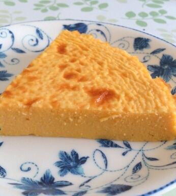 油と粉不使用☆かぼちゃと水切りヨーグルトのケーキ