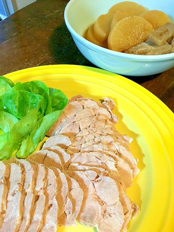 柔らかいゆで豚と☆煮汁で大根の煮物