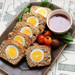 ゆで卵たっぷり!野菜多めのミー...