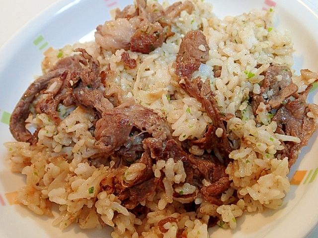 牛肉と玉ねぎと豆腐のチャーハン♪