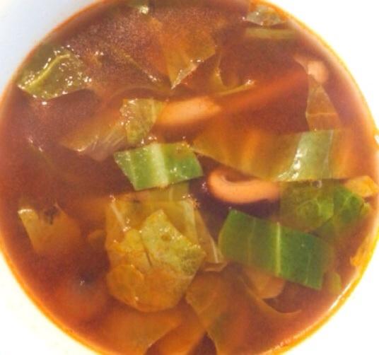 ハヤシライスの残り鍋や容器でトマトスープ