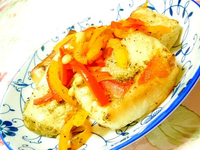 洋風角餅と松の実deにんにくバジルバター焼き