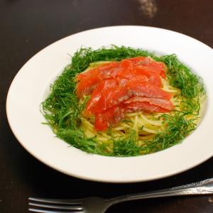 簡単・絶品☆スモークサーモンと大葉のスパゲッティ