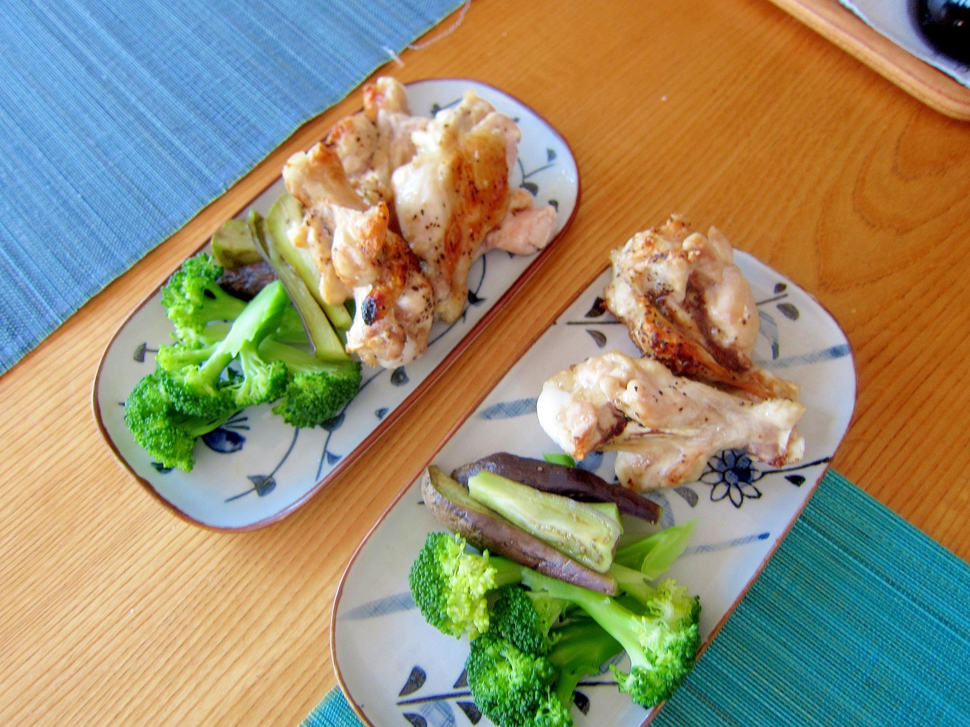 骨付き鶏肉とスチーム茄子ブロッコリー