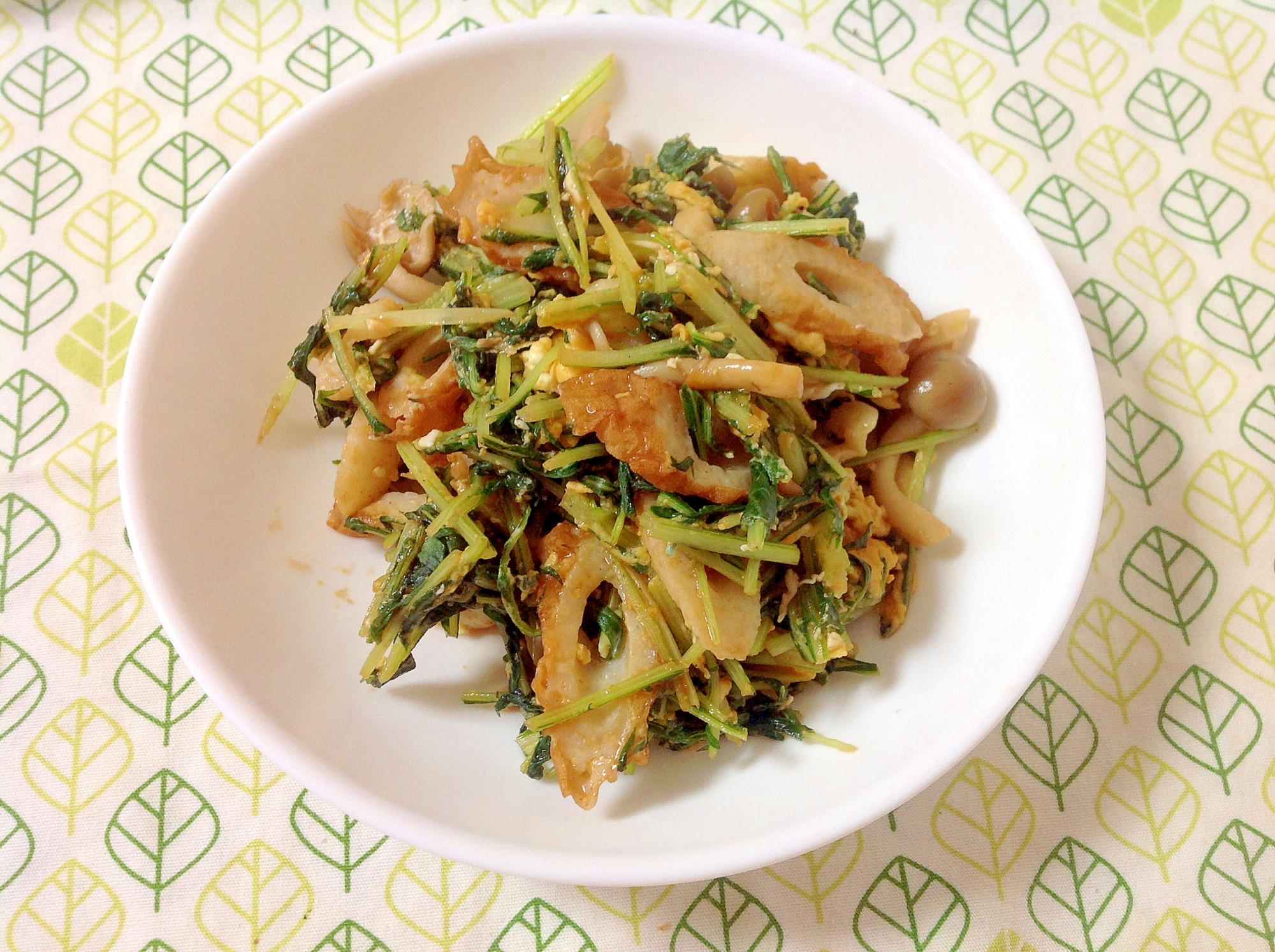 水菜とちくわのケチャップ炒め