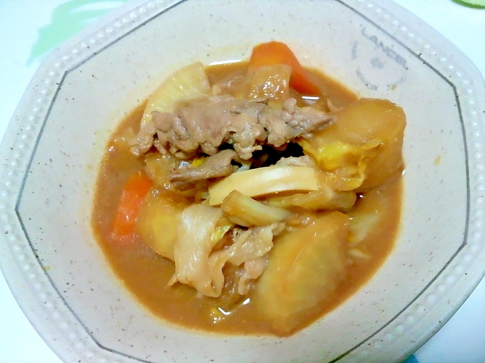 豚と野菜の赤味噌煮++