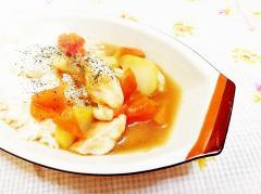 鶏ムネ入り♪トマトとじゃがいものスープ