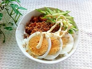 簡単節約☆マグロフレーク三色丼