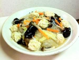野菜たっぷり!春雨と肉団子のスープ煮