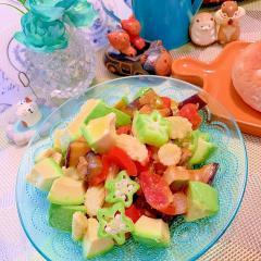 夏野菜とアボカドの冷製スイチリカポナータ