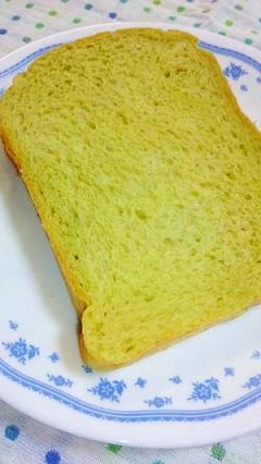 HB早焼きコースで やわらか青汁パン