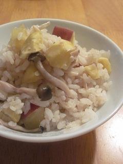 **きのこ&栗&さつま芋の贅沢炊き込みご飯**