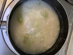 コムタンスープの素でつくるお粥