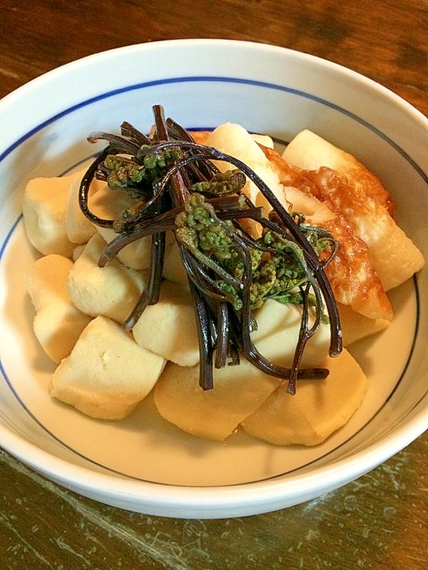 ワラビと高野豆腐の煮物