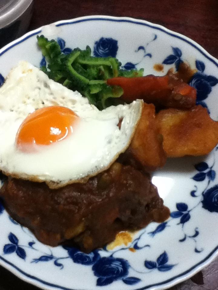 高野豆腐入りハンバーグのトマトデミグラ煮込み