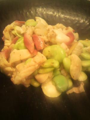 空豆とホッキ貝の春炒め