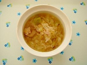 キャベツともやしのスープ