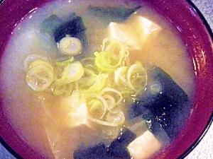 キャベツと豆腐のお味噌汁