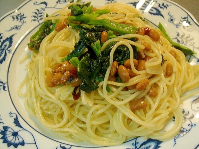 納豆とほうれん草のペペロンチーノ