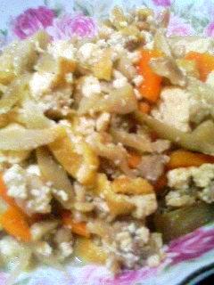 豚肉で炒り豆腐